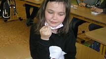 Děti ve školách na prvním stupni se testují dvakrát týdně.