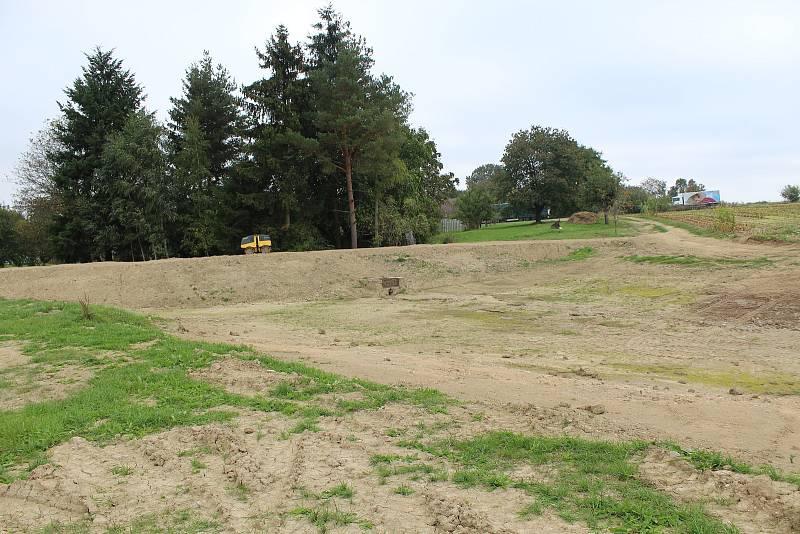 Celkový pohled na obnovený poldr