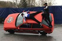 Do Havlíčkova Brodu přijeli kaskadéři se svým automobilovým představením Monster Truck Show. To se se uskuteční v pondělí od 17 hodin na parkovišti vedle letního koupaliště.