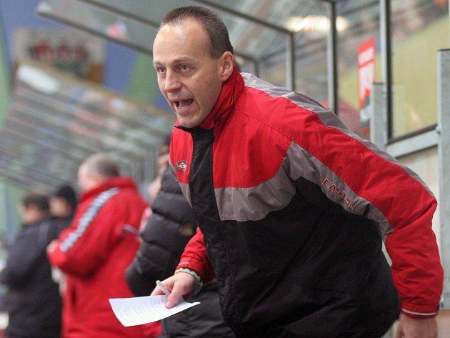 Trenér prvoligových hokejistů Havlíčkova Brodu Petr Novák má jasno: Hlavně se v klidu udržet!