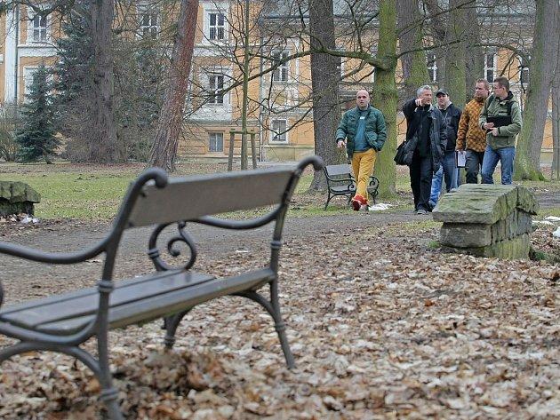 Světelský zámek. Na prohlídku zámeckého parku ve Světlé nad Sázavou pozval na začátku letošního března zástupce kooperujících společností ředitel Sázavafestu Pavel Kloupar. Hudební festival se začne v zámeckém parku dnes a potrvá do soboty.