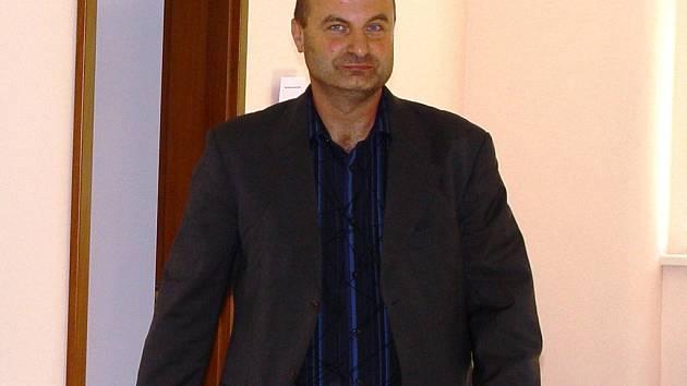Hlava gangu? Podle policie vynesly lidem kolem Petra Paula podvody více než milion korun.