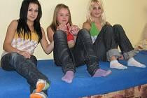 Tři holky, zpěvačky a kamarádky, z Ledče nad Sázavou se konečně dočkaly svého prvního videoklipu, který již po pár dnech spatřilo tisíce lidí.
