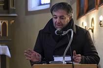 Předsedou soutěže o nejkrásnější knihu veletrhu již nebude spisovatel Miloš Doležal.
