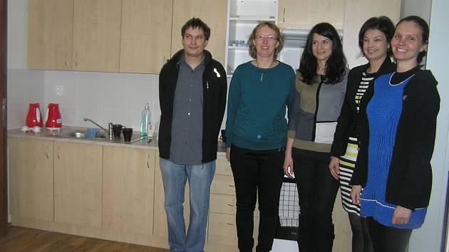 Lidé s duševním onemocněním žijí v moderních bytech zhruba ro a půl.