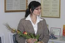 Paní Olze Juhaňákové by nikdo původ v jiné zemi nehádal, tak dobře mluví česky. Dlouhá léta tu pracuje, má českého manžela a ve městě mnoho přátel. Teprve od včerejška je ale Češkou také oficiálně.