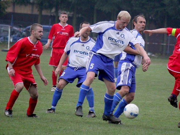 Zajímavý duel viděli diváci v Pohledu, kde viděli pět gólů, dva pokutové kopy, neuznaný gól a vítězství domácího týmu.