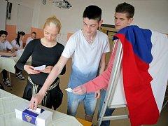 Studenti na Vysočině mají v těchto dnech možnost vyzkoušet si nanečisto volby do Evropského parlamentu.