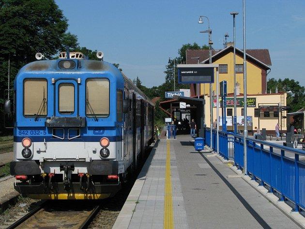 Vlakové nádraží vTřebíči.