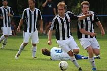 Šance zahazovali proti Bedřichovu fotbalisté Ledče (na snímku). Remíza 2:2 je pro ně ztráta.