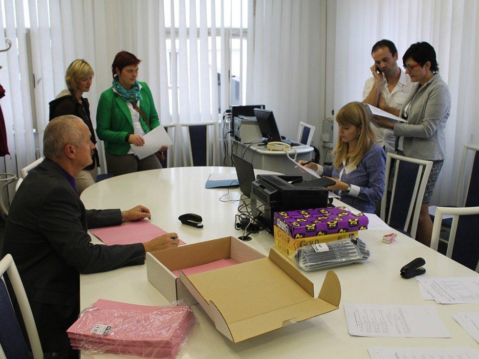 Zpracování výsledků komunálních voleb v Havlíčkově Brodě.