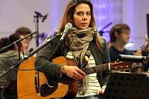 Aneta Langerová. Ta bude jedním z letošních interpretů festivalu Rocková Lipnice. Na tuto hudební přehlídku však nedorazí poprvé, vystupovala tam už i dříve.