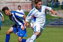 Důležité utkání v neděli zvládli dorostenci brodského Slovanu proti Hodonínu,  zejména v prvním poločase předváděli přímočarý fotbal.