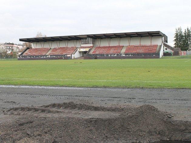 V listopadu odstartovala zásadní přestavba sportovního areálu Na Losích.