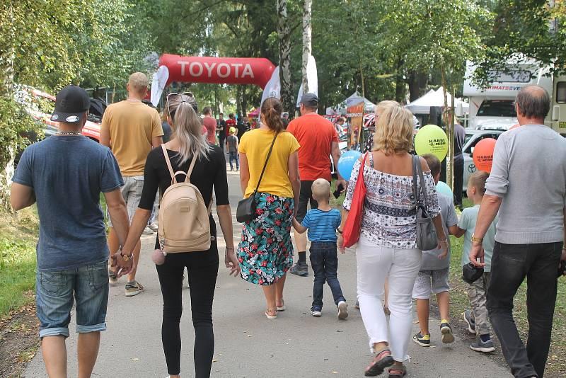 Festival dopravní prevence a motorismu přilákal davy lidí.