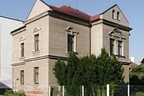 Od sedmdesátých let dvacátého století vlastnil vilu Státní statek Chotěboř. Stavební úpravy se neblaze podepsaly na její současné podobě.