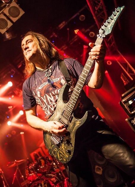 Takhle znají Petra Roškaňuka fanoušci legendární kapely Žlutý pes už téměř třicet let.