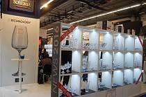 Ve Frankfurtu nad Mohanem se skláři ze Světlé blýskli i sklem vyrobeným ze skloviny obohacené titatem.