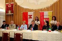 Při slavnosti zněla sálem radnice nejen čeština a němčina, ale také italština, protože i ona je v Brixenu úředním jazykem.