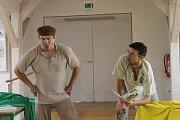 Herci Lukáš Hejlík a Alan Novotný do Brodu opět přijeli s cyklem scénického čtení LiSTOVáNí. Tentokrát se zaměřili na děti a předvedli jim ukázky z knihy Kvak a Žbluňk jsou kamarádi.