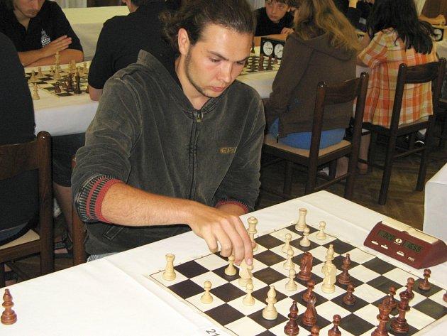 Šachisté Jiskry Havlíčkův Brod C (na snímku kapitán brodského céčka týmu Martin Čech) nedali Jiskře Humpolec C šanci a vyhráli 4,5:0,5.