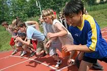 Pozor, start! Včerejší atletické závody ve Světlé v rámci Posázavských sportovních her si nemohly stěžovat na nic. Počasí vyšlo výborně a nadšení sportovců bylo obrovské.