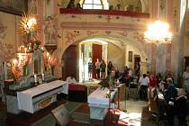 Svatoanenská pouť v Pohledu je vyhlášená, tradicí jsou každoročně slavnostní mše v kostelíku sv. Anny.