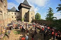 Lipnický hrad. V Lipnici nad Sázavou by měla letos pokračovat obnova interiérů v prvním patře hradu. Tato památka bývá pravidelně dějištěm setkání majitelů  tříkolek Velorex.