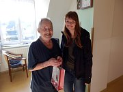 Více než stovku dárků věnovali obyvatelům Domova pro seniory U Panských v Havlíčkově Brodě dárci z celé republiky.