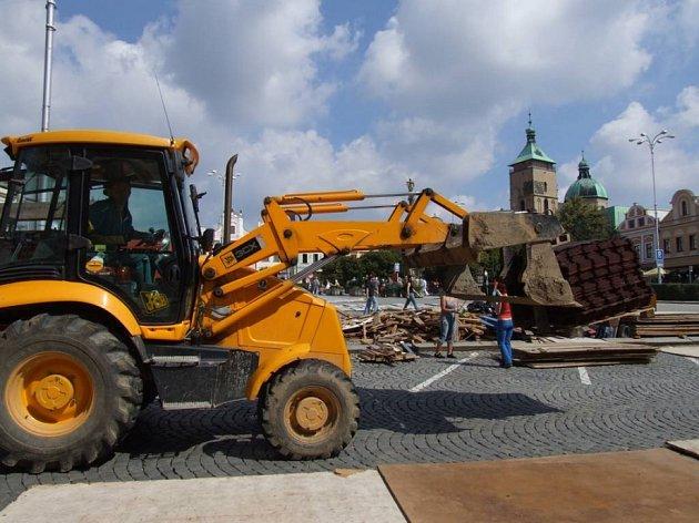 Tak jsme se dočkali. Akce Handball Help se po dlouhých peripetiích nakonec uskuteční tradičně na brodském náměstí.
