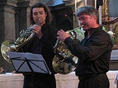 Na benefiční akci přijeli i Jan Musil a Pavel Jirásek, kteří spolu hrají v orchestru Národního divadla.