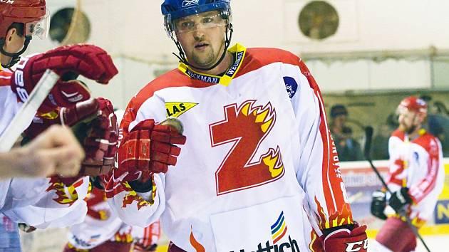 Hokejisté Žďáru rozhodli o výhře v Nymburku těsně před koncem.