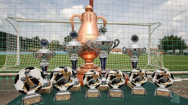 Ilustrační foto. Letní turnaje odstartují už o nadcházejícím víkendu, kdy se budou rozdávat první poháry.