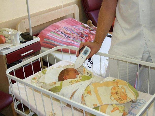 Havlíčkobrodská nemocnice získala nový bilirubinometr, přístroj na neinvazivní měření žlučového barviva u miminek s novorozeneckou žloutenkou.