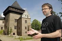 Hrad Lipnice, opředený mnoha tajemnými událostmi a záhadami, je zároveň romantický. Možná právě proto byl nominován i do soutěže o Nejpohádkovější zámek.