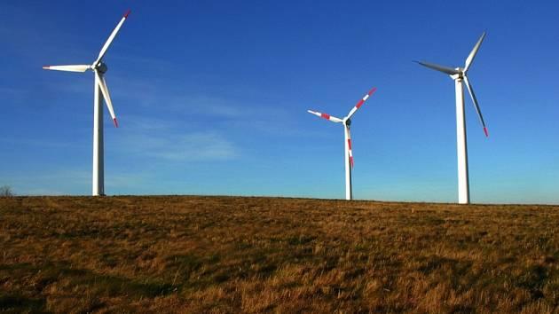 Rozhodne anketa? Diskuze o budoucnosti větrných elektráren ve Štokách se zúčastnilo málo lidí.
