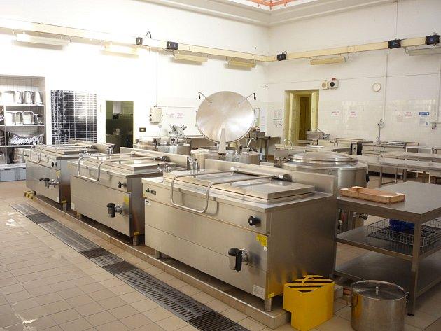 Kuchyně, do které byly v posledních letech investovány miliony korun, skutečně doznala velkých změn.