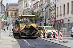 S dopravním omezením se museli dočasně smířit řidiči v centru Havlíčkova Brodu. Důvodem byly opravy povrchu komunikace v ulici Dolní po výkopových pracích na plynovodu.