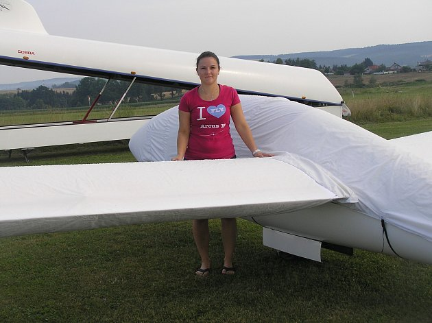 Martina Bartoníková létá v oblacích už sedm let.