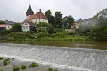 Řeka Sázava je v klidu
