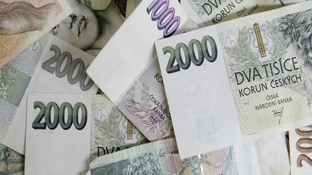 Většina ušetřených financí bude použita na evropské projekty.