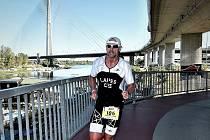 Ty si v loňské sezoně vytvořil amatérský triatlonista Jaromír Lapeš.