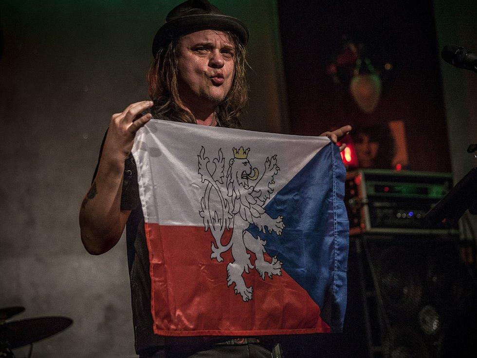 Vilém Čok předvedl v chotěbořském Panském domě pořádný rockandroll.