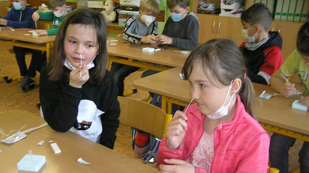 Testování dětí ve škole. Ilustrační foto
