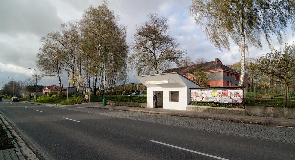 Neobyčejná autobusová zastávka v Krucemburku: Foto: David Ptáček, Radka Kršková