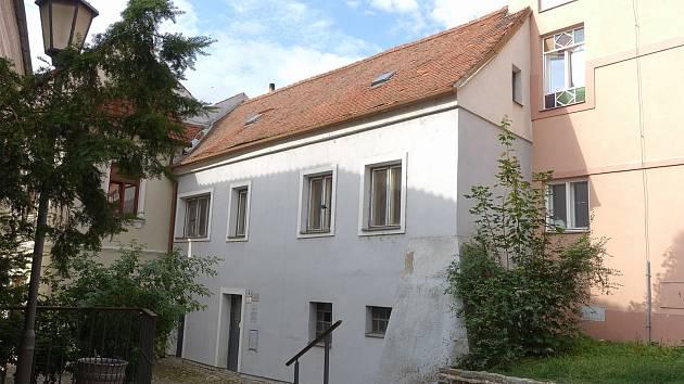 Budova rabínského domu v Třebíči.
