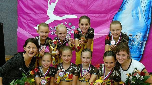 Děvčata v kategorii 8–10 let.