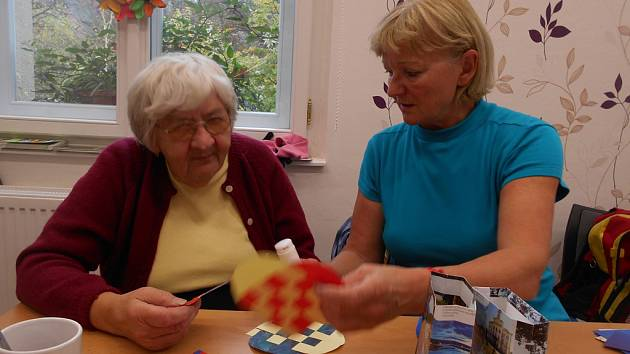 Seniorům je nabízeno mnoho aktivit.