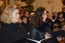 Sólistky Lucie Kaňková a Marie Svobodová.