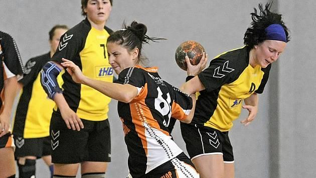 Vítězně začaly ligovou sezonu žen i dorostenek brodské házenkářky.